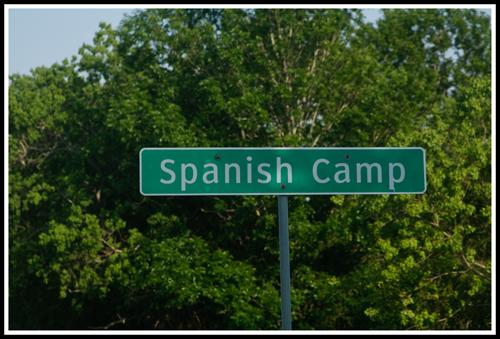 spanishcampsign_6549-16april11_copy
