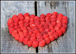 raspberry_heart-1503998_500