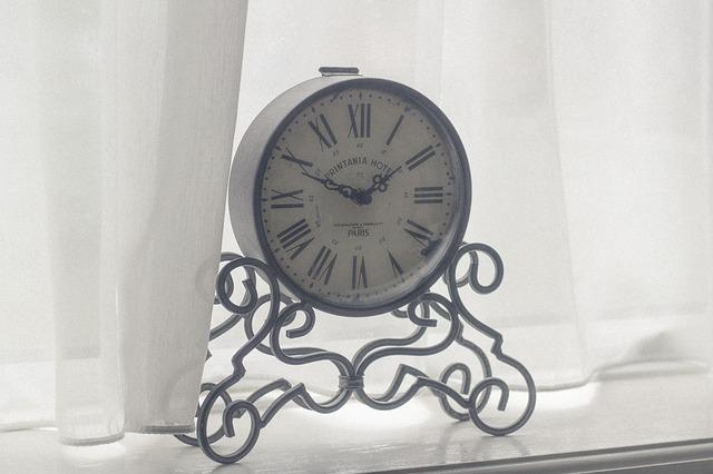 clock-923630_640