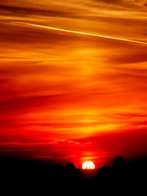 sun-483989_640