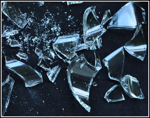 Broken-Glass-500-web