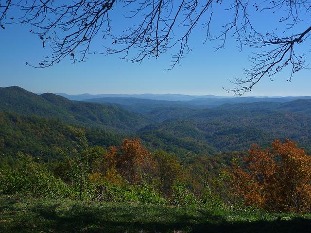 blue-ridge-mountains-2635242_640